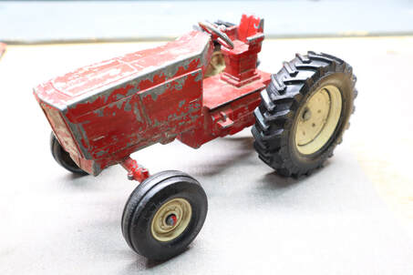 ertl 415 international 3088 toy tractor